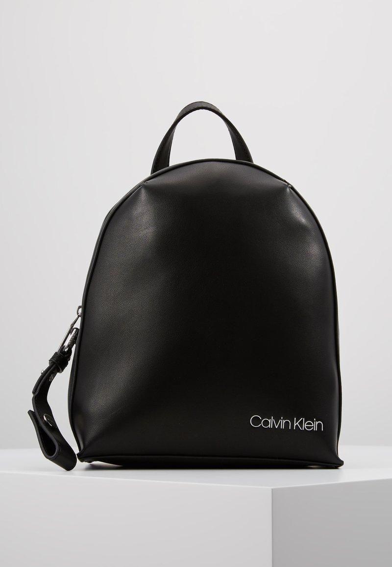 Calvin Klein - STRIDE BACKPACK - Mochila - black