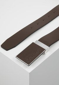 Calvin Klein - PLAQUE BELT - Belt business - brown - 2