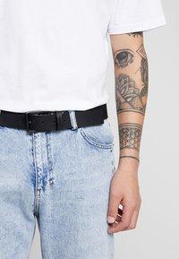 Calvin Klein - ESSENTIAL BELT - Belt - black - 1