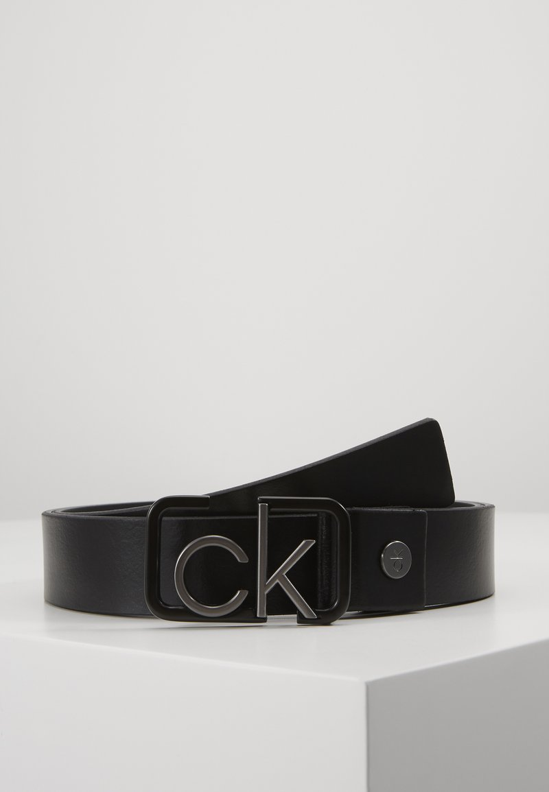 Calvin Klein - 35MM SIGNATURE BUCKL BELT - Bælter - black