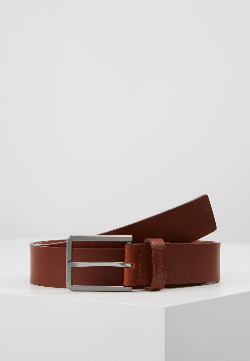 Calvin Klein - ESSENTIAL BELT - Gürtel - brown