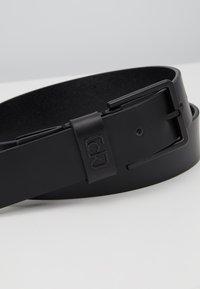 Calvin Klein - 35MM SIGNATURE LOOP BELT - Riem - black - 2