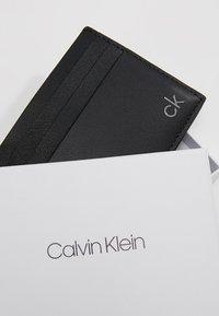 Calvin Klein - SMOOTH CARDHOLDER - Visitkortsfodral - black - 2