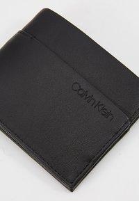 Calvin Klein - SLIMFOLD  - Peněženka - black - 2