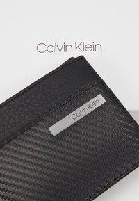 Calvin Klein - CARBON COIN - Portfel - black - 2