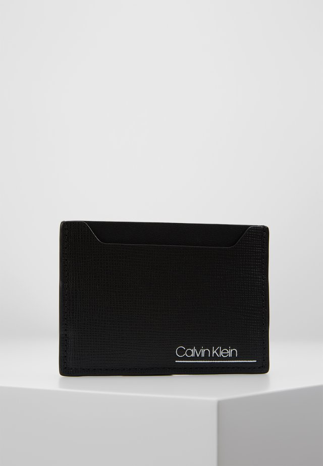 SLIVERED SIMPLE CARD CASE - Peněženka - black