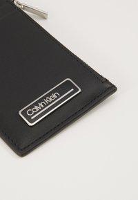 Calvin Klein - PRIMARY ZIP - Peněženka - black - 2