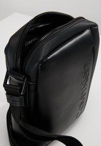 Calvin Klein - Across body bag - black - 4