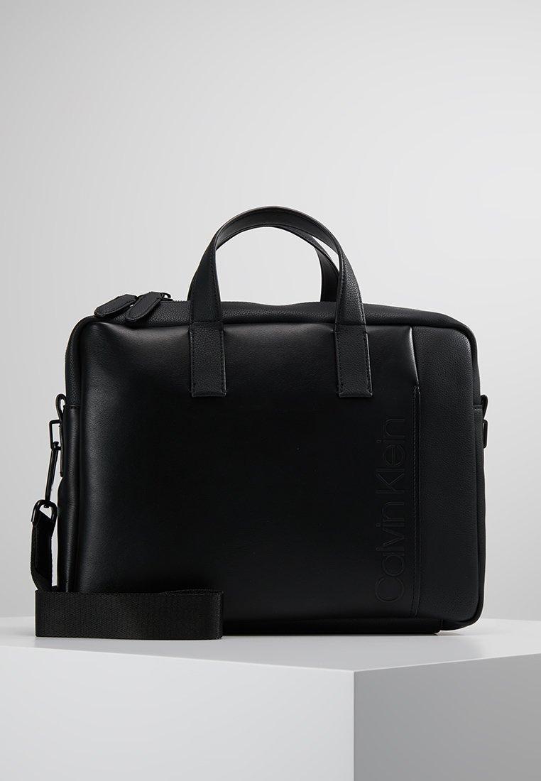 Calvin Klein - ELEVATED LOGO SLIM - Borsa porta PC - black