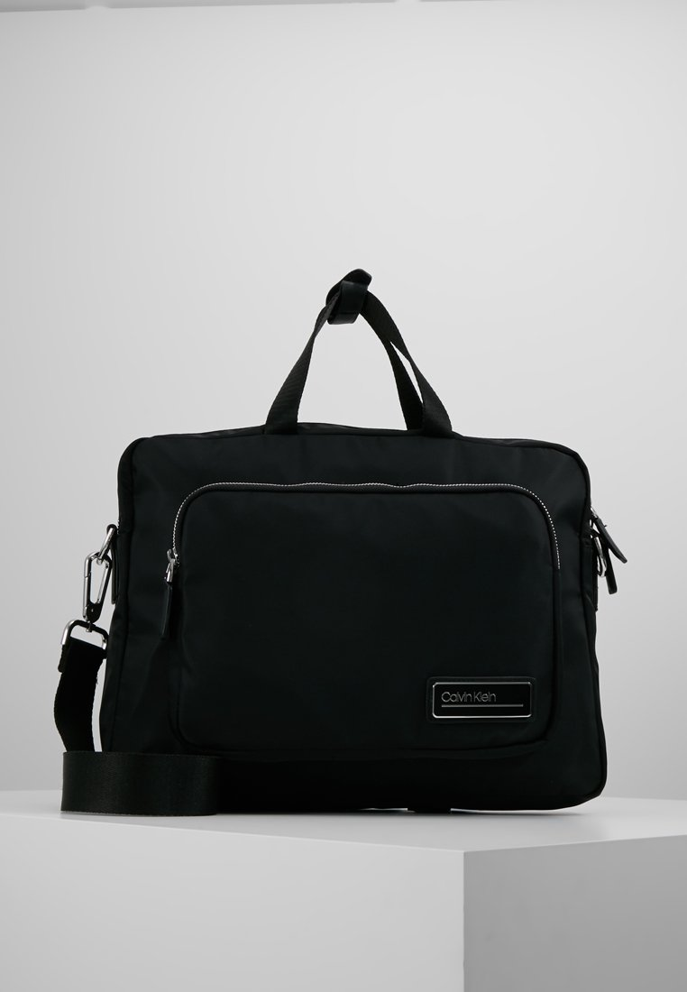 Calvin Klein - PRIMARY GUSSET LAPTOP BAG - Aktovka - black