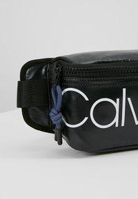 Calvin Klein - TRAIL WAISTBAG - Gürteltasche - black - 6