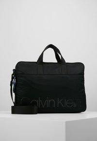 Calvin Klein - TRAIL SLIM LAPTOP BAG - Aktovka - black - 0