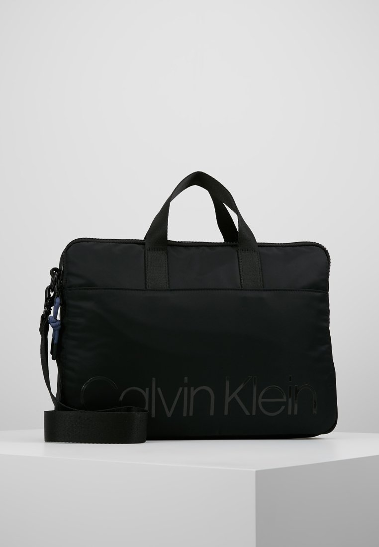 Calvin Klein - TRAIL SLIM LAPTOP BAG - Aktovka - black