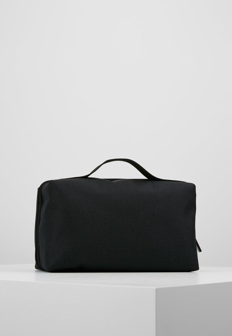 Calvin Klein - SPLIT WASHBAG - Neceser - black