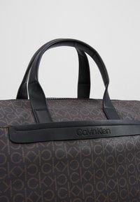 Calvin Klein - MONO WEEKENDER - Taška na víkend - brown - 7