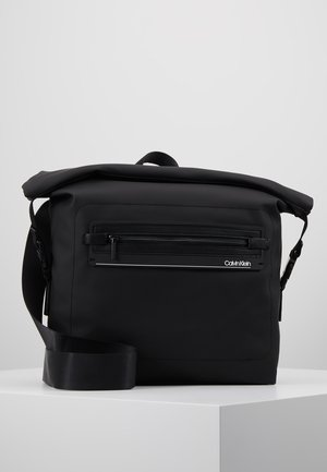 MOULDED MESSENGER - Borsa a tracolla - black