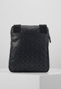 Calvin Klein - MONO FLAT CROSSOVER - Skulderveske - black - 2