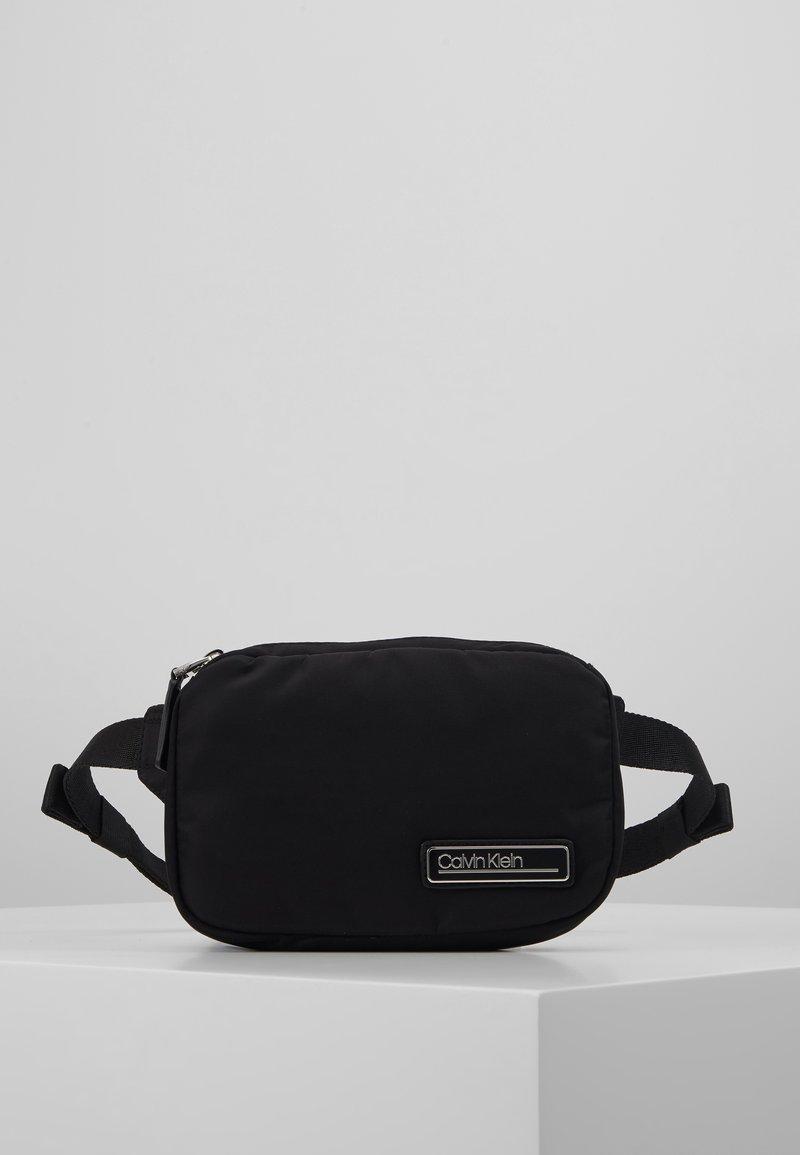 Calvin Klein - PRIMARY SMALL WAISTBAG - Sac banane - black
