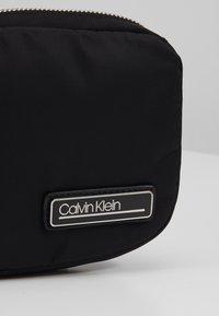 Calvin Klein - PRIMARY SMALL WAISTBAG - Sac banane - black - 2