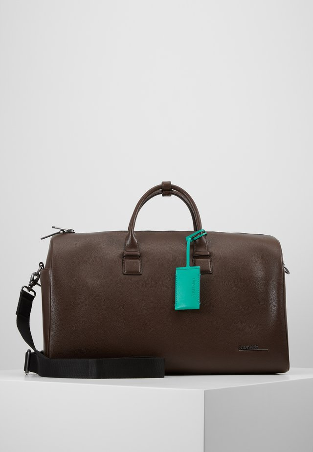 BOMBE - Weekendbag - brown