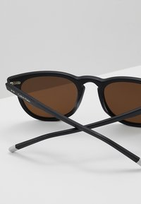 Calvin Klein - Solbriller - matte black - 4