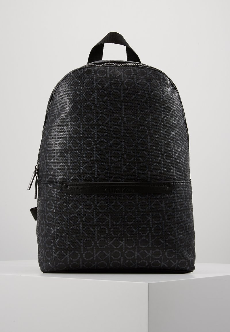 Calvin Klein - MONO ROUND BACKPACK - Sac à dos - black