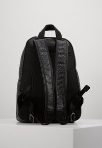 Calvin Klein - MONO ROUND BACKPACK - Sac à dos - black - 3