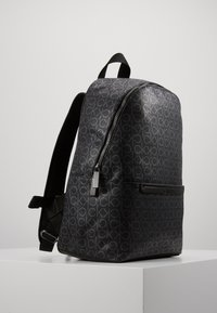 Calvin Klein - MONO ROUND BACKPACK - Sac à dos - black - 4