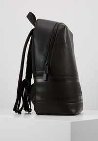 Calvin Klein - LOGO ROUND BACKPACK - Reppu - black - 3