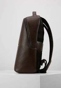 Calvin Klein - POCKET  BACKPACK - Reppu - black - 4