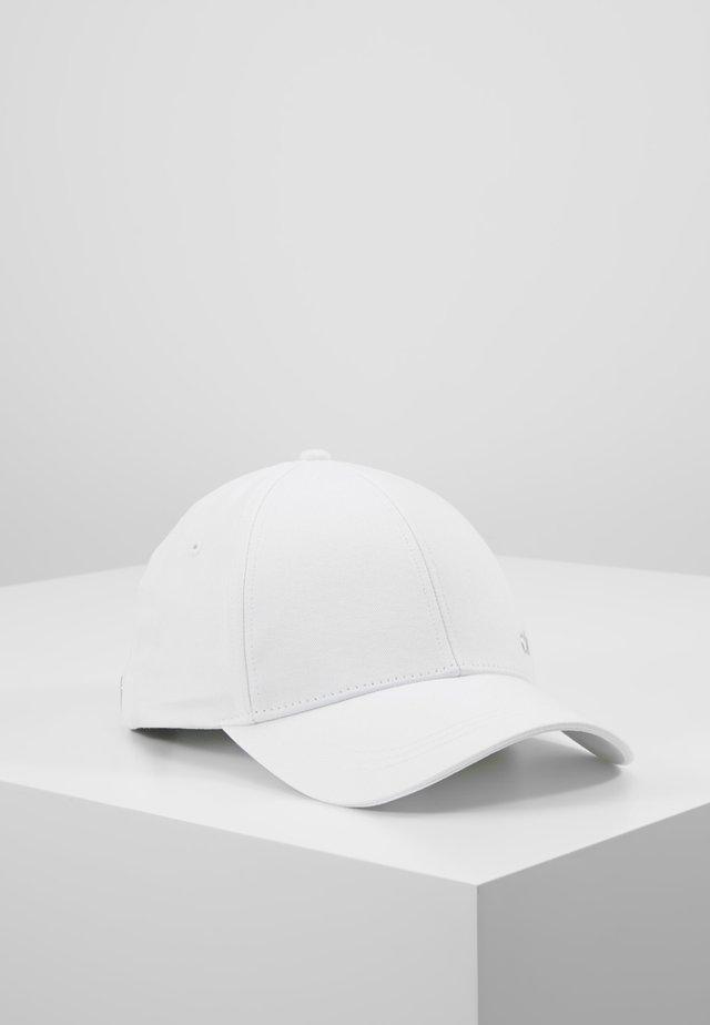 METAL - Keps - white