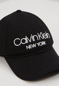 Calvin Klein - Cap - black - 5