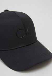 Calvin Klein - Cap - black - 2