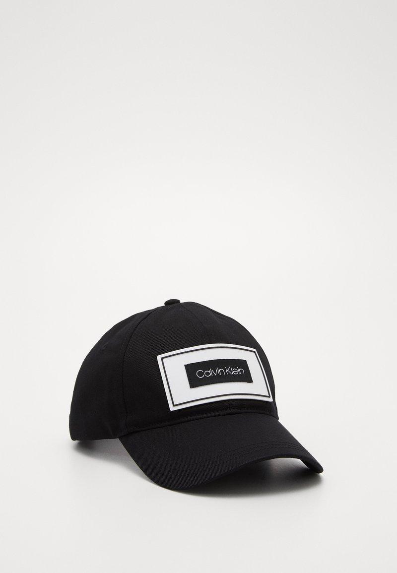 Calvin Klein - PATCH CAP - Cap - black