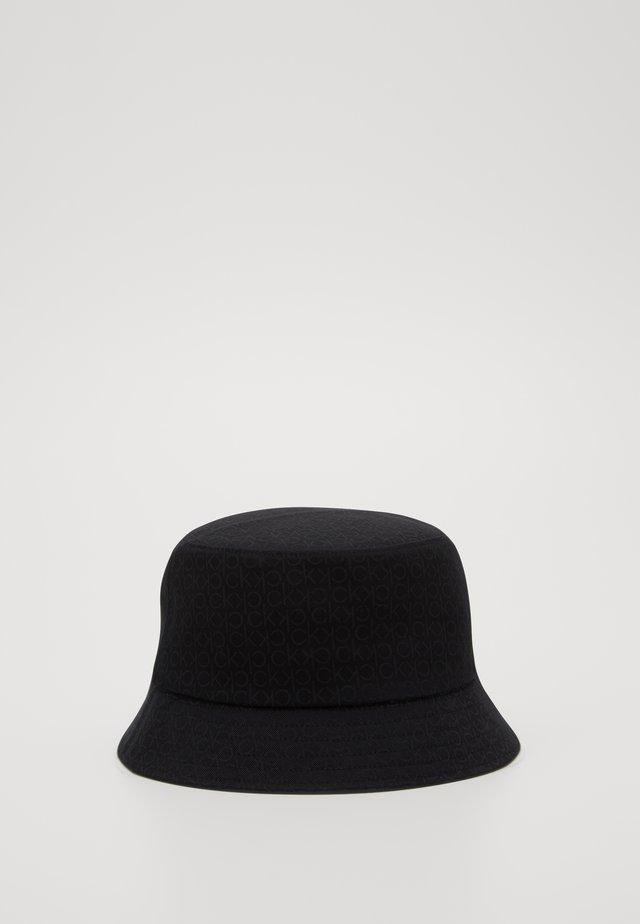 MONO BLEND BUCKET - Chapeau - black