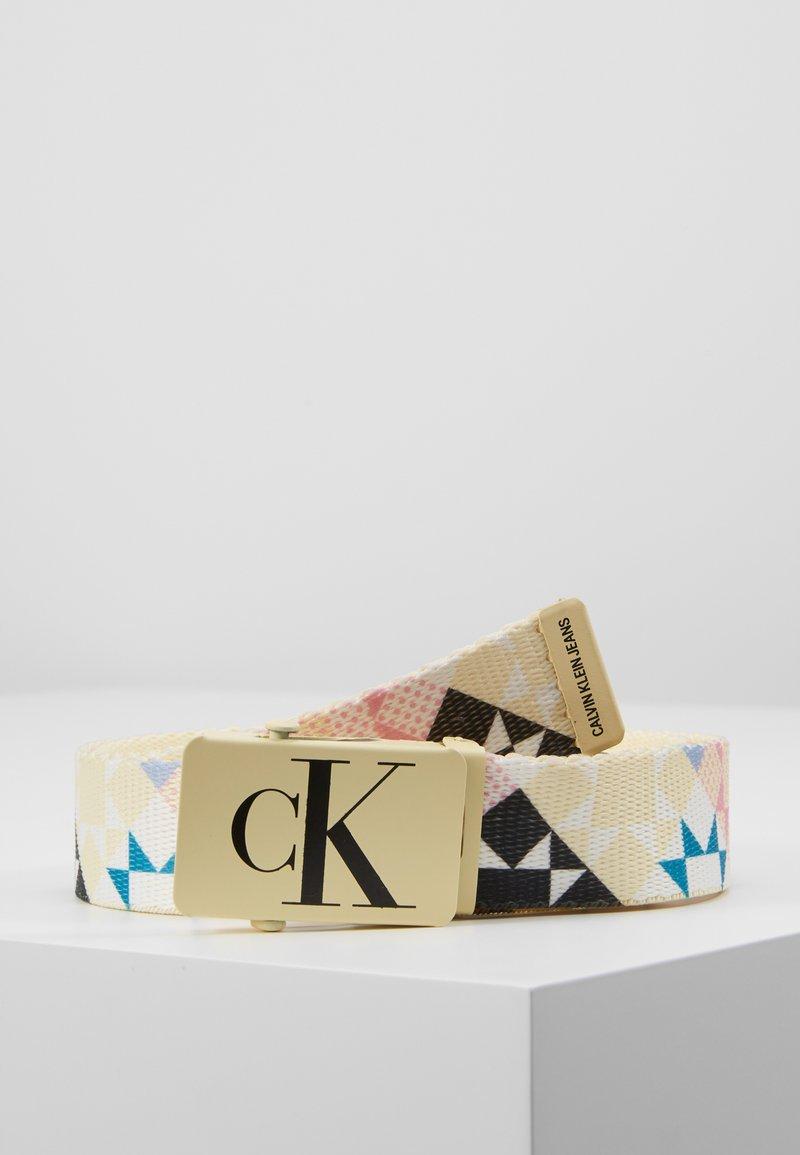 Calvin Klein Jeans - PATCHWORK BELT - Vyö - white