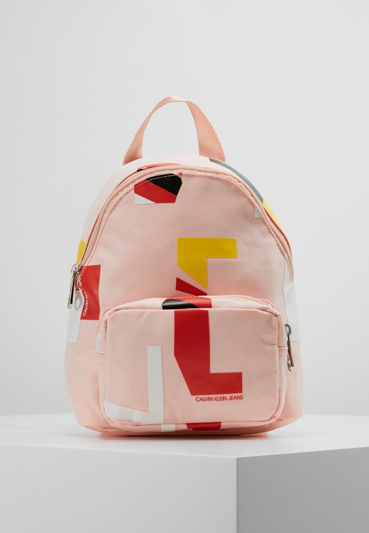 Calvin Klein Jeans - SPORT ESSENTIAL BACKPACK 25 - Rugzak - pink