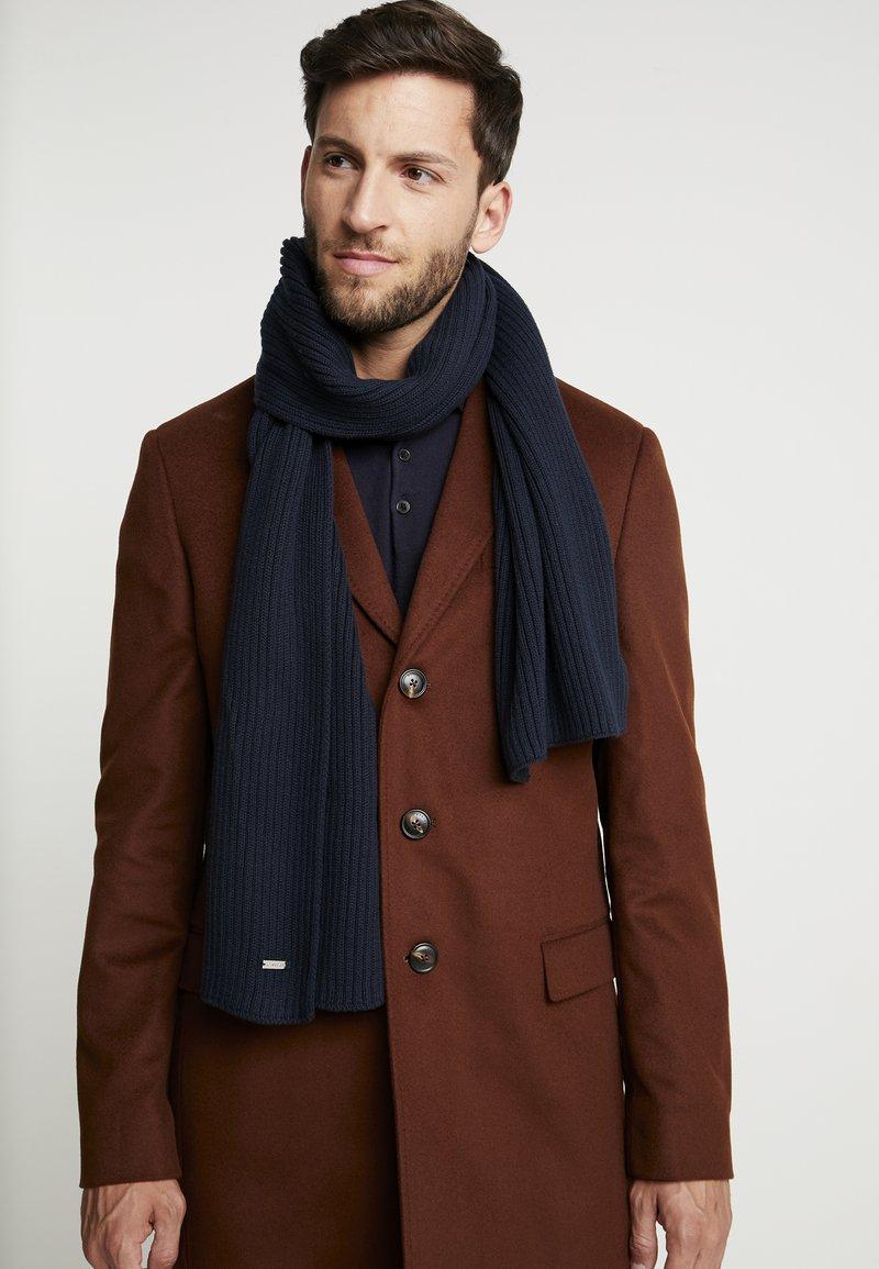 Calvin Klein - BASIC SCARF - Sjal / Tørklæder - blue