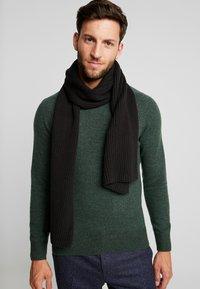 Calvin Klein - BASIC SCARF - Bufanda - black - 0