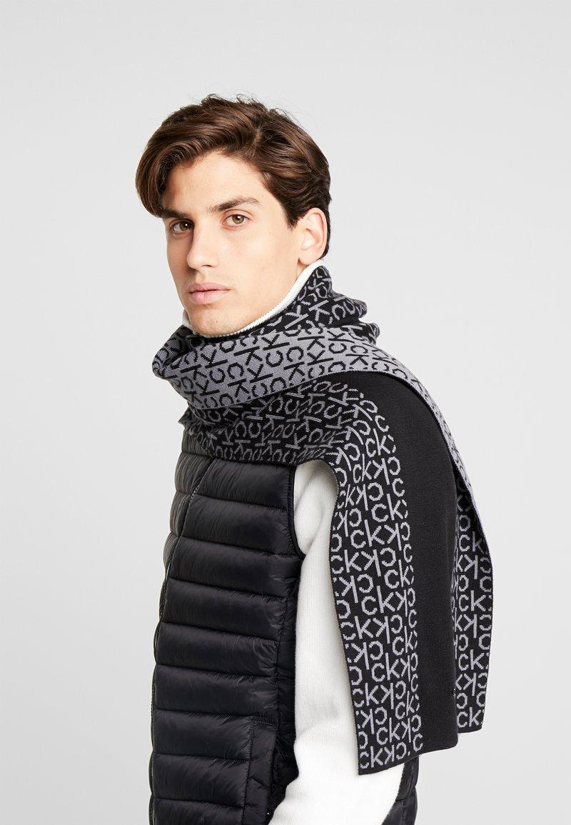 Calvin Klein - INDUSTRIAL MONO SCARF  - Huivi - black