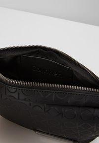 Calvin Klein - INDUSTRIAL MONO WAISTBAG - Marsupio - black - 4
