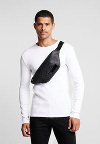 Calvin Klein - INDUSTRIAL MONO WAISTBAG - Marsupio - black - 1