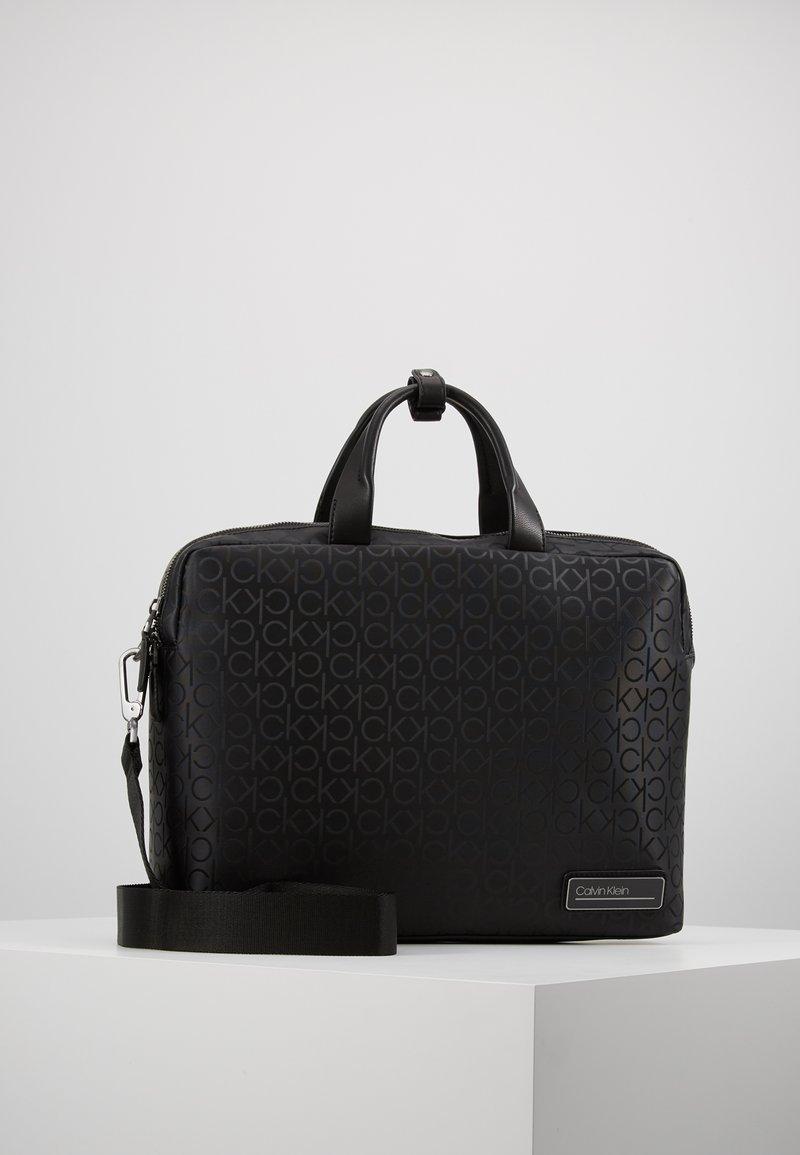 Calvin Klein - INDUSTRIAL MONO SLIM LAPTOP BAG - Aktovka - black