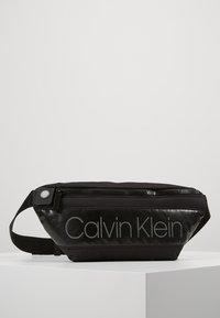Calvin Klein - PUFFER WAISTBAG - Bältesväska - black - 0