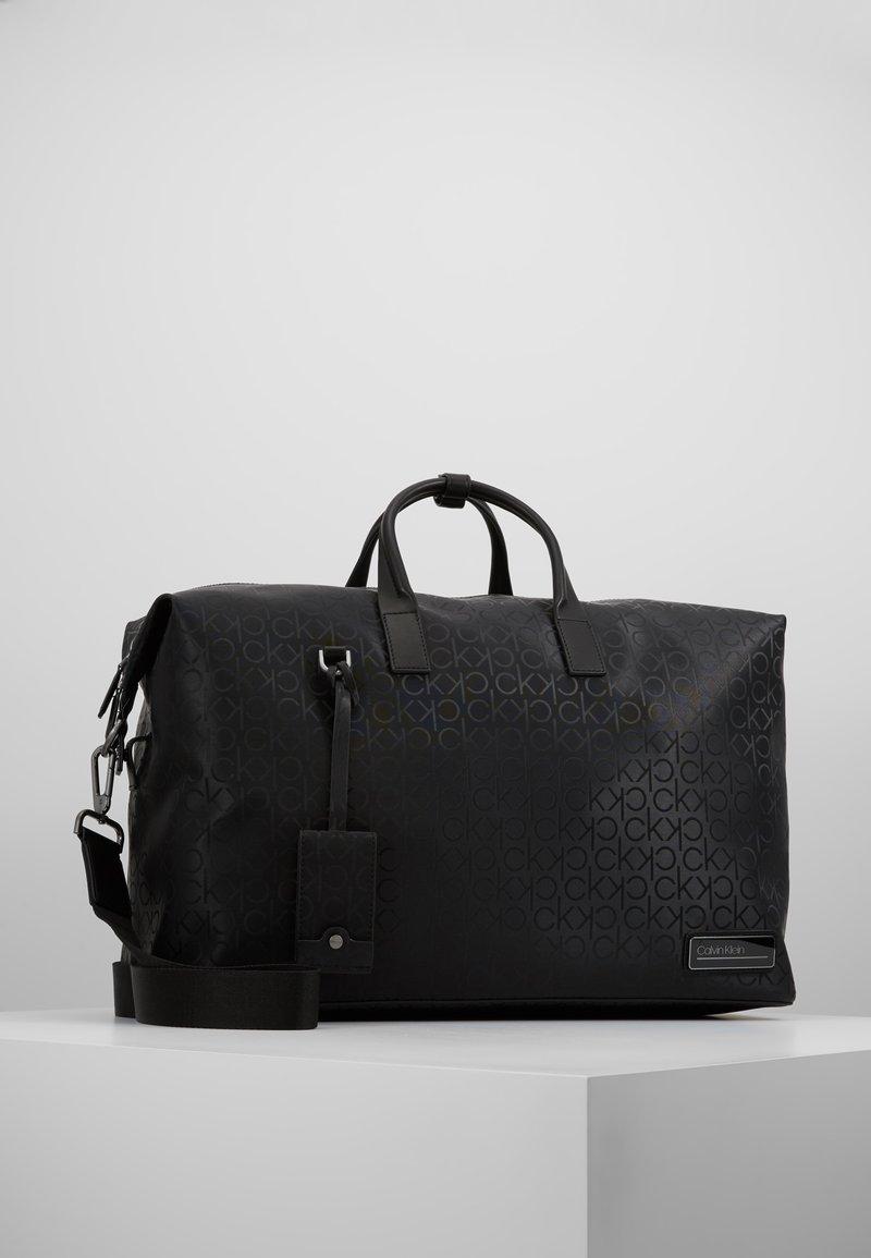 Calvin Klein - INDUSTRIAL MONO WEEKENDER - Weekend bag - black