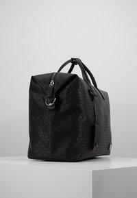 Calvin Klein - INDUSTRIAL MONO WEEKENDER - Bolsa de fin de semana - black - 4