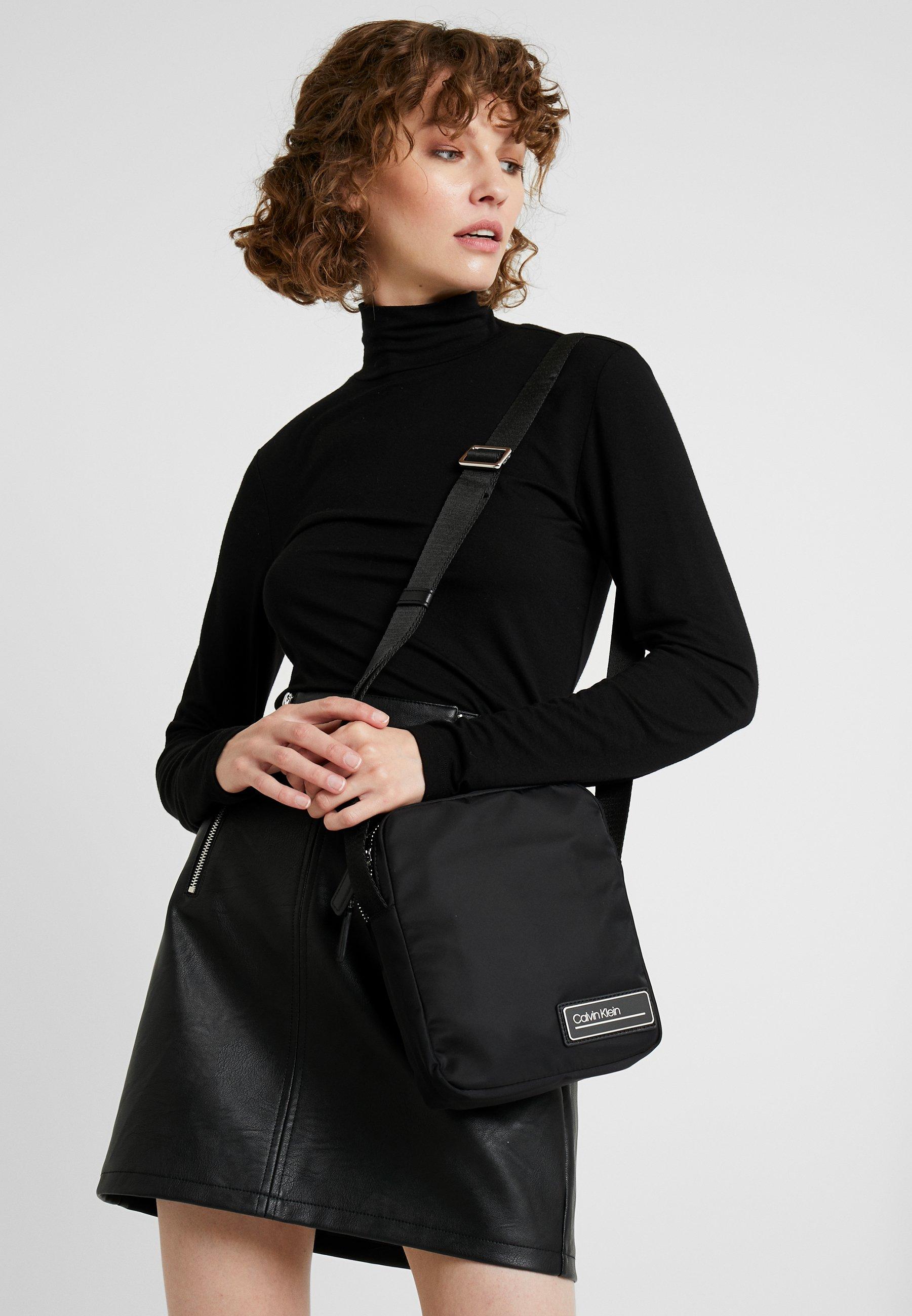 Calvin Klein Primary Mini Reporter - Sac Bandoulière Black