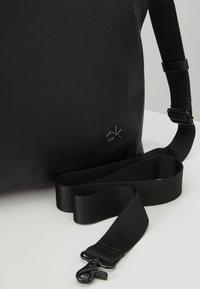 Calvin Klein - DIRECT WEEKENDER - Torba podróżna - black - 7