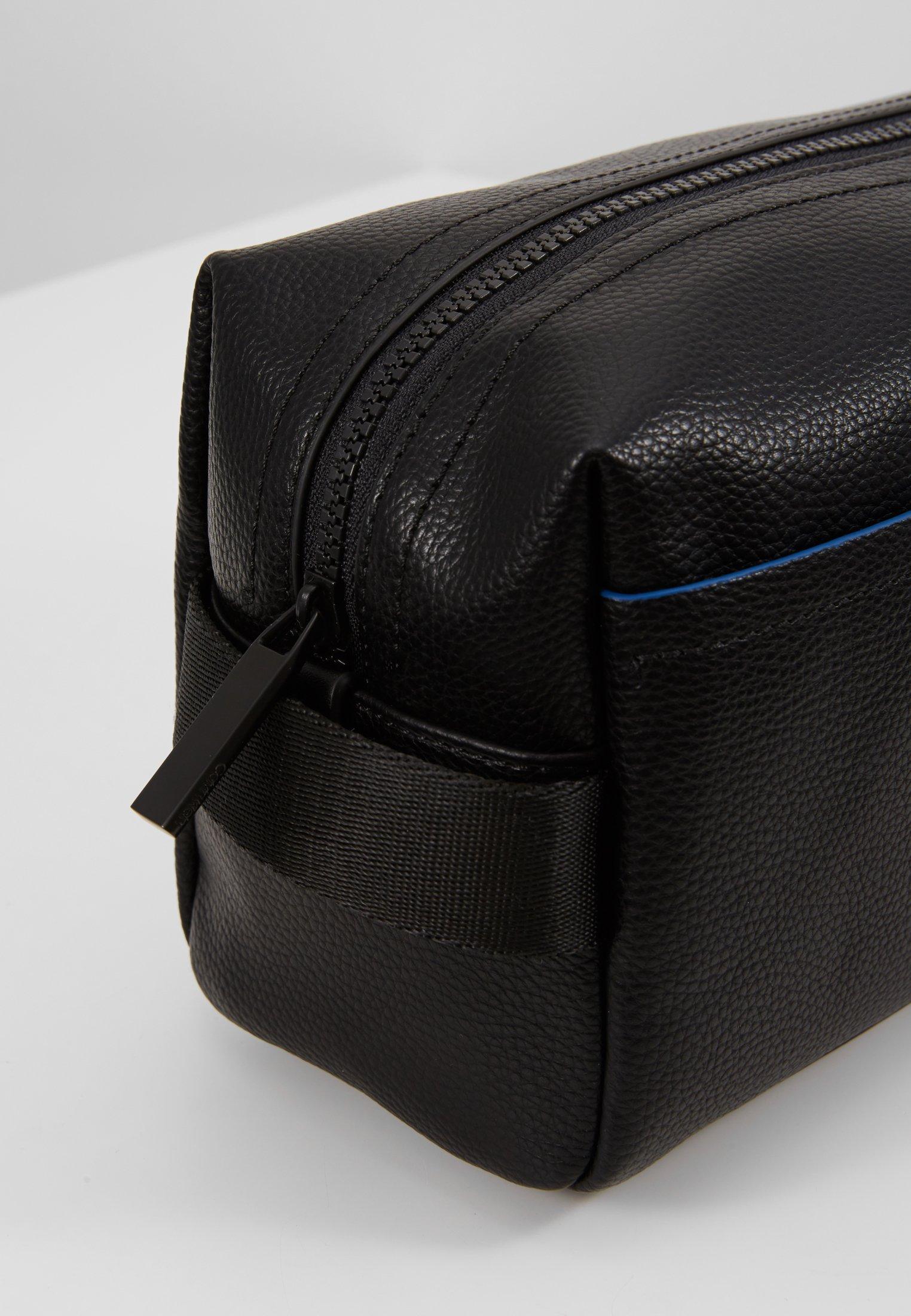 WashbagTrousse Black Calvin Klein Klein Direct Direct Calvin vnmPNOy80w