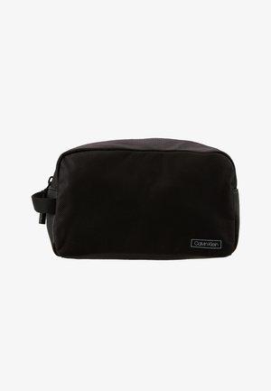 PRO WASHBAG - Wash bag - black